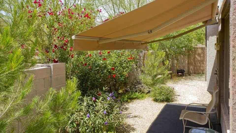 8 Ways To Turn Your Backyard Into An Oasis