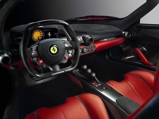 La Ferrari LaFerrari fait ses débuts en Alpha Supercar à Genève