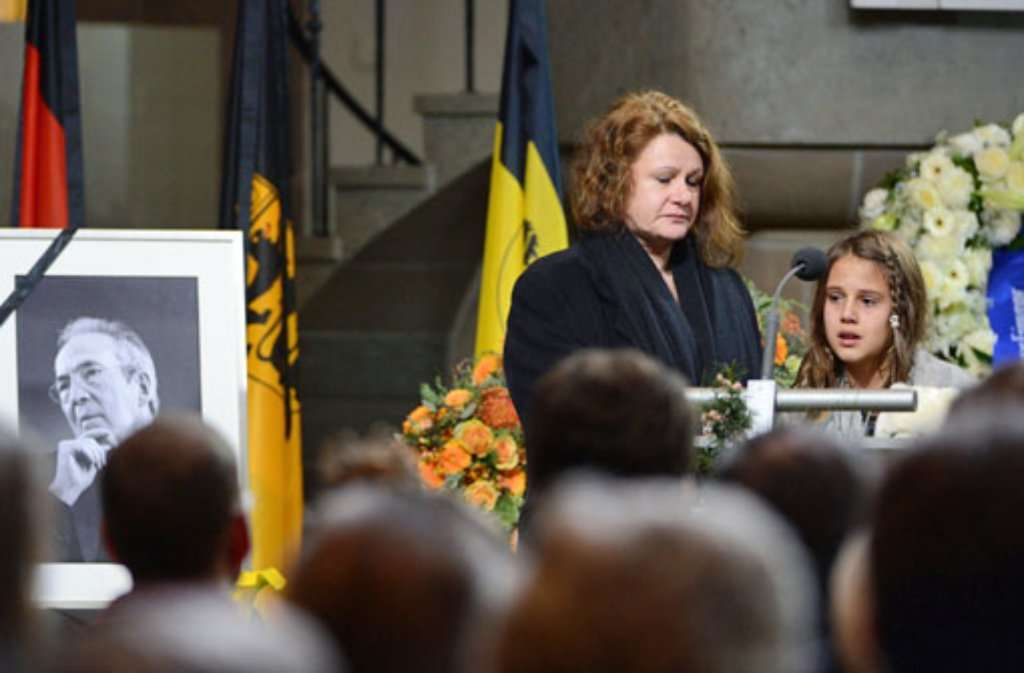 Enkelin Sarah rührt Trauergemeinde in der Stuttgarter Stiftskirche zu Tränen