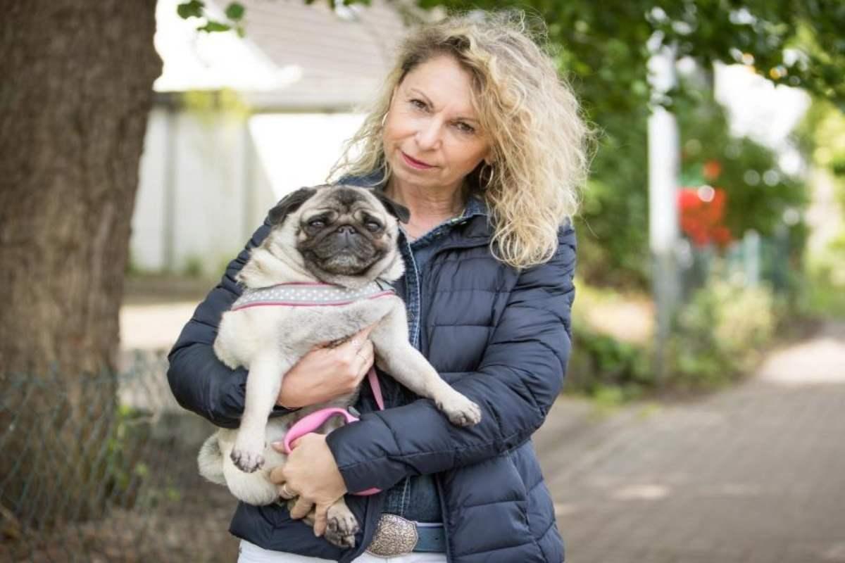 Senioren und Haustiere: Wenn Oma und Opa auf den Hund kommen