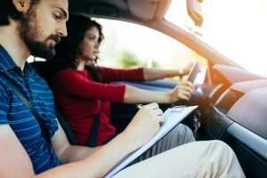 How to choose the right driving school?