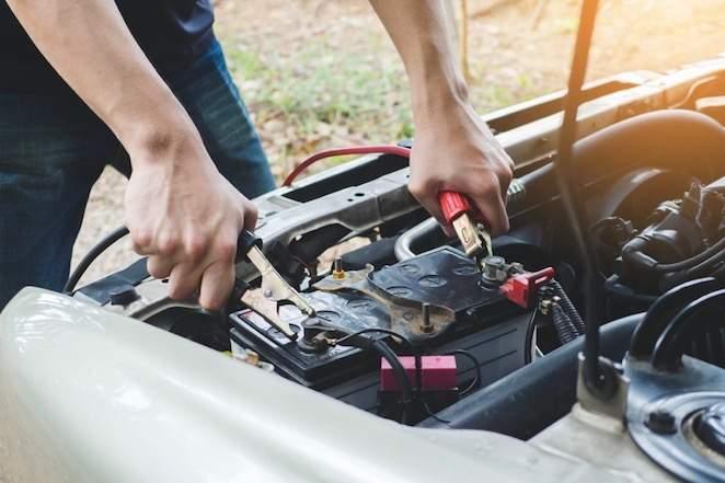 How do you diagnose a car battery failure?