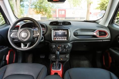 Les 2 SUV urbains hybrides rechargeables du salon Caradisiac Electrique/hybride 2021: quel modèle choisir?